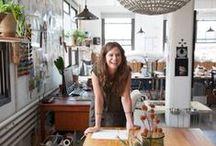 Creative Entrepreneurship / Entrepreneurs among artists and designers
