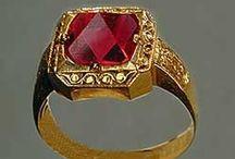 Jewelry I Love / by Kerri Keil