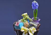 Cadouri de Martisor / Daruri speciale pentru doamnele speciale din viata voastra. Oferiti-le o surpriza frumoasa la inceputul primaverii! Va ajutam si noi :)