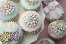Beautiful Cupcakes / Cupcake inspiration for our sweet jewelry treats. Check us out at www.sweetbling.com.