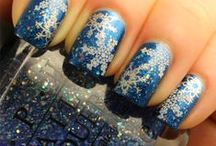 Nails - Winter Holidays  / by Erin DeCuir