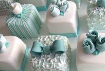 Cakes with suckerdeco