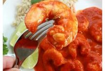 Seafood / Here are the best seafood pins on Pinterest. Yummy recipes that you will LOVE!