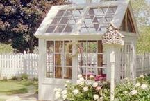 Creative Reuse - Doors / Transform old doors into anything from a tabletop to a garden shed