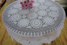 [s] Crochet Tablecloth [+pattern]