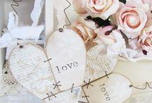 Seasonal-Valentine's Day Decor & Crafts
