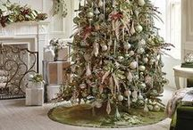 { We LOVE Christmas } / Who doesn't love Christmas?! We sure do!