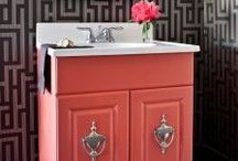 Bathroom Colors Palettes / Refreshing your bathroom with a new coat of paint? Check out these awesome ideas with lots of bathroom color schemes to help you on your bathrooms new look.
