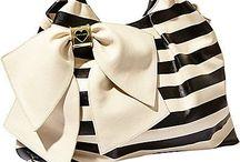 Handbag Love / by Emma Hernandez