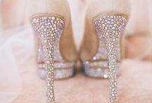 Gelin Ayakkabısı / Topuklu, babet, spor ya da bilekten bantlı! Gelin ayakkabısı seçerken ilham alacağın en güzel modeller burada!