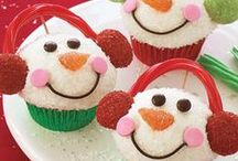 Holidays:  Christmas / Snowman pops