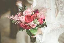 Çiçek ve Gelin Buketi / Gelin buketi için en güzel öneriler! / by dugun.com