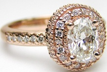 Jewellery / Watches / Jewellery and watches. Rings, engagement rings, wedding rings, earrings, necklaces and bracelets.