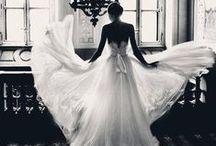 Wedding dresses / by Kaylee Minnick