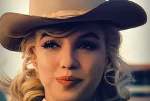 Marilyn Monroe / by Diane Rivera