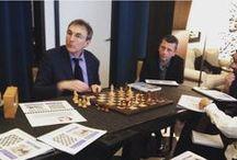 Cours d'échecs / Cours particuliers  pour apprendre et mieux jouer aux échecs à Vincennes -  Renseignements : http://jouer-aux-echecs.com/   Premier cours collectif gratuit et sans engagement !
