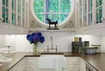 small kitchen Ideas / You don't have to compromise on style or design if you have a small space !