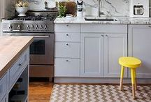 kitchens ~ yellow accents / all yellow or just yellow accents ?!