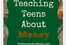 Teaching Money / Ideas and Help for Teaching Kids About Money.