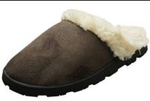 Womens Comfy Slippers | SlipperRack.com / Check out our amazing collection of women's slippers and clogs. These great slippers are lined with micro-plush or plush satin faux fur for extra warmth and comfort.