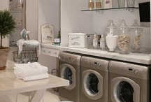 Laundry Rooms I Love / by Elizabeth Stidham