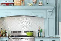 Dream House - kitchen backsplash / by Katie Kildebeck Gold