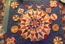 circle quilts / by Linda Glover