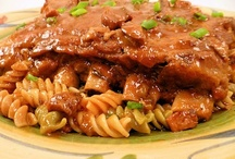 """{Recipes} Entrees / The entree takes center stage. Find fab ideas for the """"main dish recipes"""" to impress your family."""