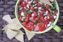 {Recipes} Mexican Flair for Cinco de Mayo! / Craving Mexican food? Follow this board for the best Mexican recipes and Mexican flair recipes! Perfect Cinco de Mayo Inspiration.