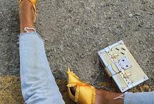 .Sunny Yellow. / Frischt die Laune auf, coole Teile und ein echter Blickfang in coolen Kombis.