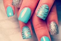 nails ! / by Stephany Ivy