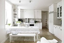 Color: White / White is the absence of color and reflector of light. It is innocent, pure, honest and clean. It awakens growth and creativity, and refreshes the spirit. White is a symbol of renewal and new beginnings. However, too much white can cause you to feel empty, isolated and restricted.