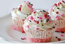 Sweets! / Deserts. / by Lachelle Semanko