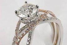 Amazing Jewelry / by Christine Anne