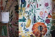 just good wallpaper / by Chiara Milott