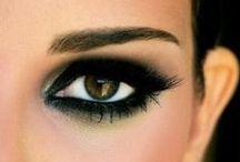 Make-up and Make-over / by Christina Reimann