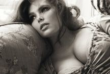 Plus Size Beauty / Cultivate your curves - they may be dangerous but they won't be avoided.~Mae West