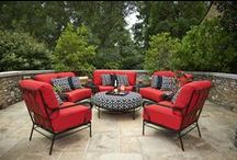 Stylish Outdoor Furniture / Miskelly has the largest selection of outdoor sofas, loveseats, upholstered chairs, dining chairs, dining tables, and outdoor dining sets in the Jackson, MS area. Pin your favorites and shop our showroom to see all that we have to offer! http://www.miskellys.com/outdoor.aspx