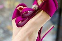 Nice shoes! / Tout est dans le titre :-) / by Thierry Weber
