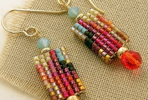 Bead Weaving - Earrings / by hummingbird.pie