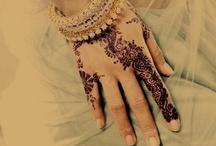 Desi Living / by Sannia Mian