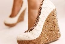 Shoe Envy / by Taylyn Boucher
