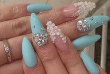 Uñas, nails, esmalte de uñas / by Anna Elissa