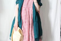 dresses / Dresses