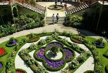 Gardens and Flowers / Patti Johnson Interiors also re-designs residential exteriors. Let PJI help beautify your home and garden areas. / by Patti Johnson Interiors