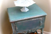 Painted Furniture / by Linda Matson