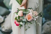 all things weddings. / i love love. and i love anything that has to do with pretty, vintage weddings.  / by Rachel Banek
