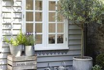 Garden Office Inspiration / Beautiful garden office inspiration, both inside and out