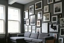 Photo & Gallery Wall / Do you like grouping picture or photo's? Do you need inspiration? There is plenty to like in this gallery wall board