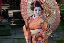 Japanese Kimonos&Parasols